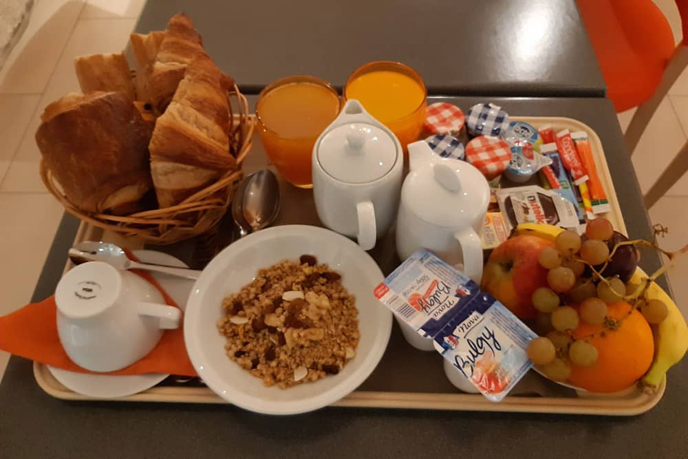 Petit déjeuner Relais Saint Charles Paris